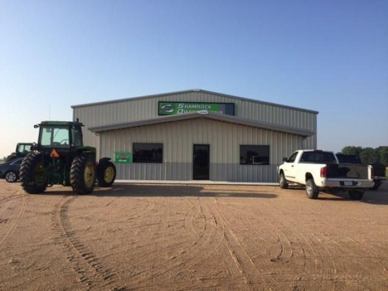 Front entrance of Shamrock Diesel Repair & Automotive in Stuart, NE